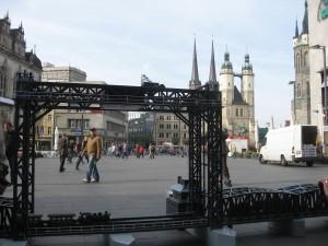 Modell der historischen Karniner Brücke -Maßstab 1:27 vor der historischen Altstadt